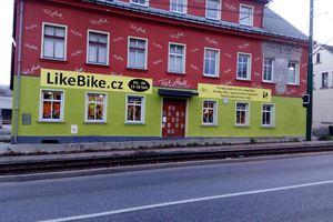 Bazary lyží a snowboardů Kolín • Firmy.cz d592c0789b7