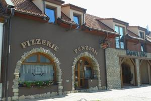 Pizzerie - Bowling - Penzion Hluk