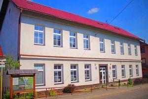 Základní školy Valašské Klobouky • Firmy.cz 27f5f57232