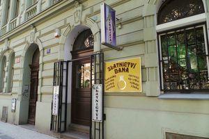 7fe58b63919 Miroslav Vrána - Zlatnictví a Hodinářství (Praha