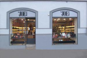 Prodej obuvi Praha 3 foto provozovny • Firmy.cz 4e8dc92062