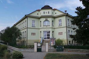 0bcbd10d44a Městské víceleté gymnázium Klobouky u Brna (Klobouky u Brna) • Firmy.cz
