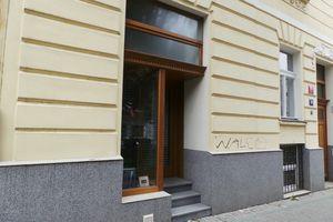 Prodej společenského a večerního oblečení Praha 10 • Firmy.cz 2f72310e26