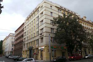 tau Praha, s.r.o.