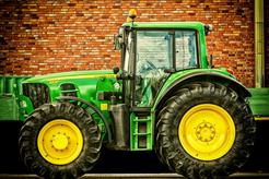 Opravy motorů stavebních a zemědělských strojů